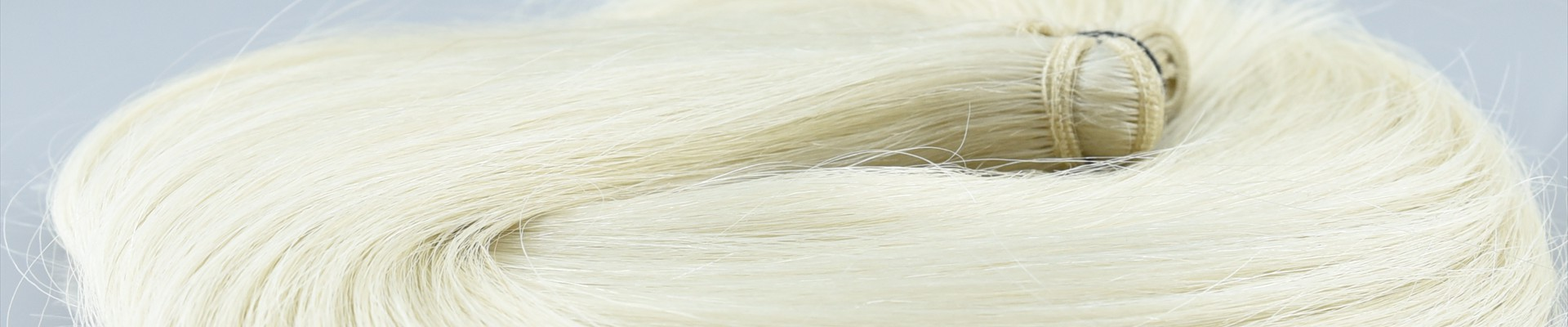 Platinum-Weft-Hair-Extensions